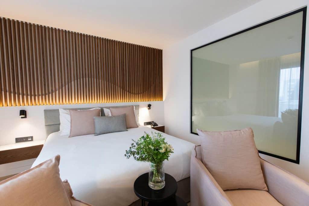 Old-Port-Hotel-Limassol-Superior-Suite (6)