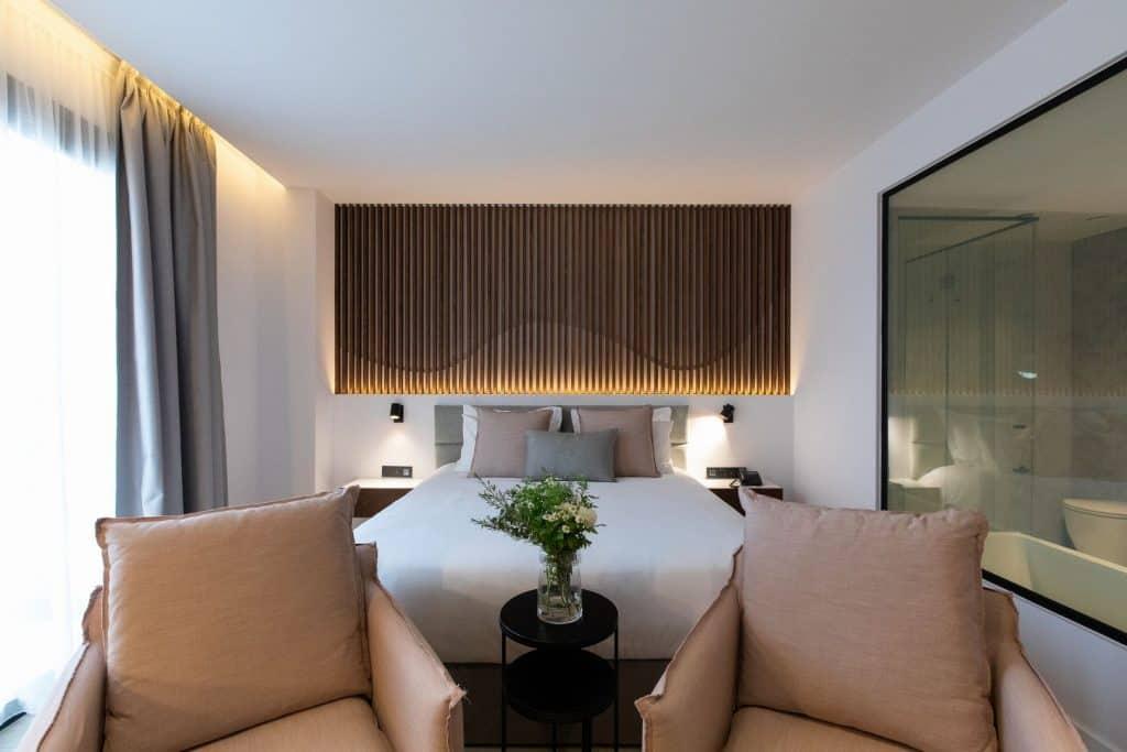 Old-Port-Hotel-Limassol-Superior-Suite (1)
